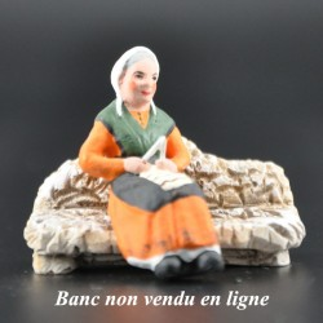 femme au tricot