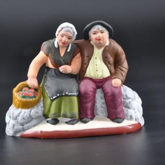 Couple de vieux assis